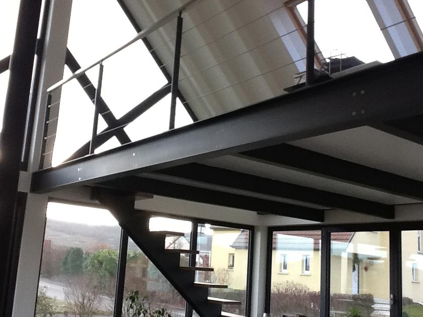 metalest alsace nordhouse mezzanine avec poutrelles m tallique platelage bois. Black Bedroom Furniture Sets. Home Design Ideas